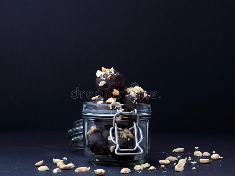 Weganin czekolady w słoju zdjęcie royalty free