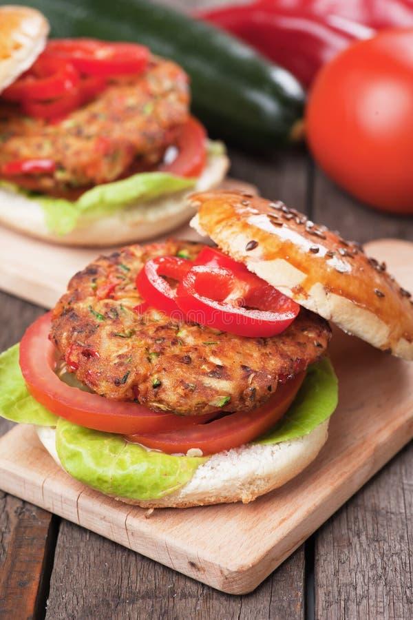 Weganinu hamburger fotografia stock
