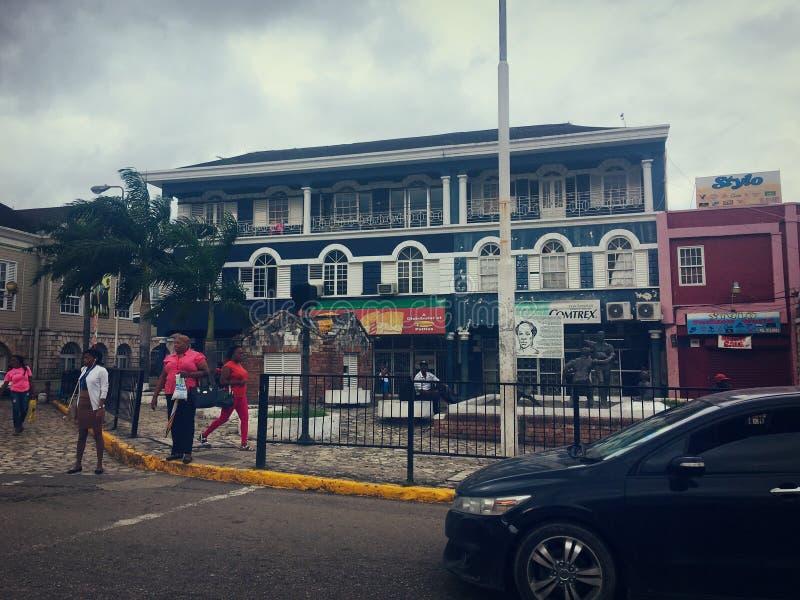 Wege durch die Straßen von Jamaika lizenzfreies stockfoto
