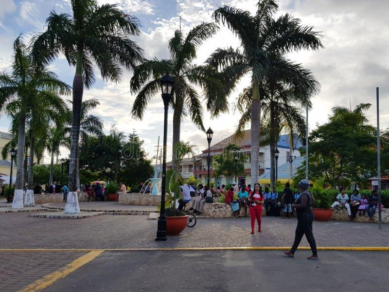 Wege durch die Straßen von Jamaika stockfotos