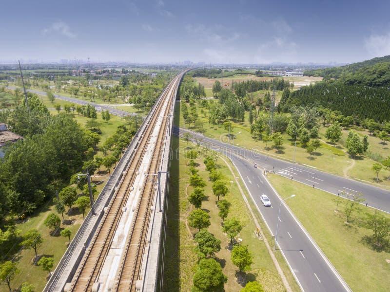 Wegen en spoorwegen royalty-vrije stock afbeelding