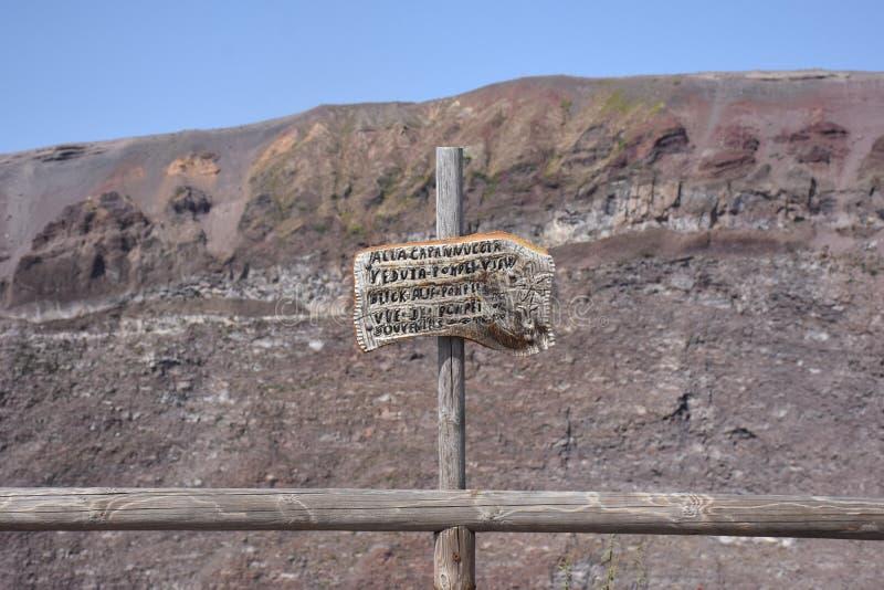 Wegwijzer op de Vesuvius, Italië royalty-vrije stock foto's