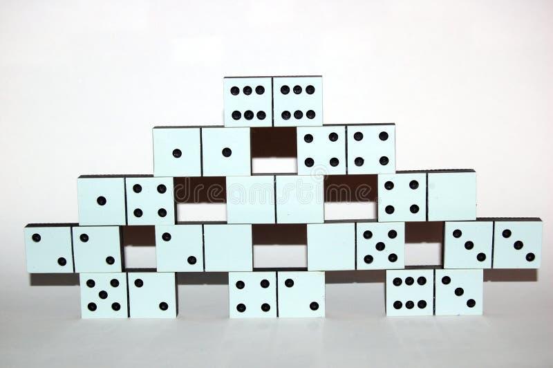 Weiße Dominosteine lizenzfreie stockbilder