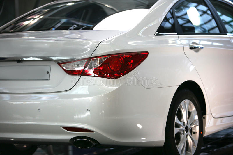 Weiße Farbe Korea Seoul des Autos lizenzfreies stockbild