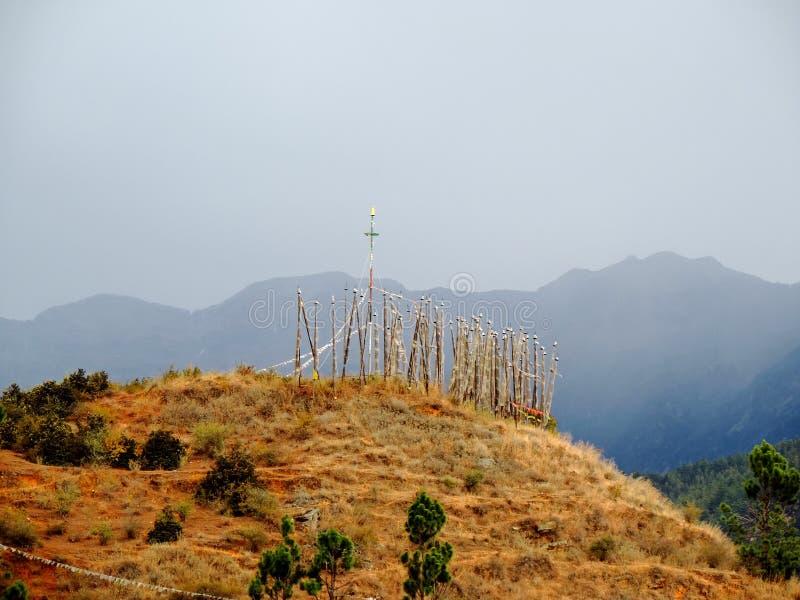 Weiße Flaggen gemäß Gewohnheiten der von Bhutan lizenzfreie stockbilder