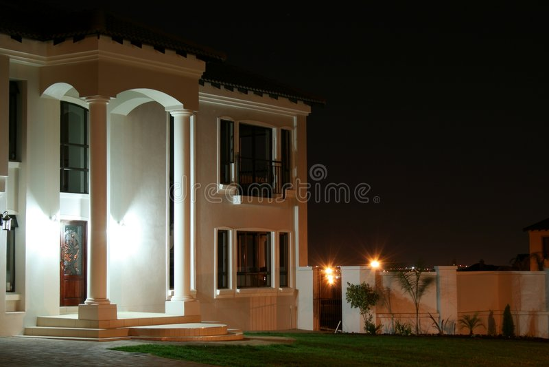 Weiße Nachthaus stockfotos