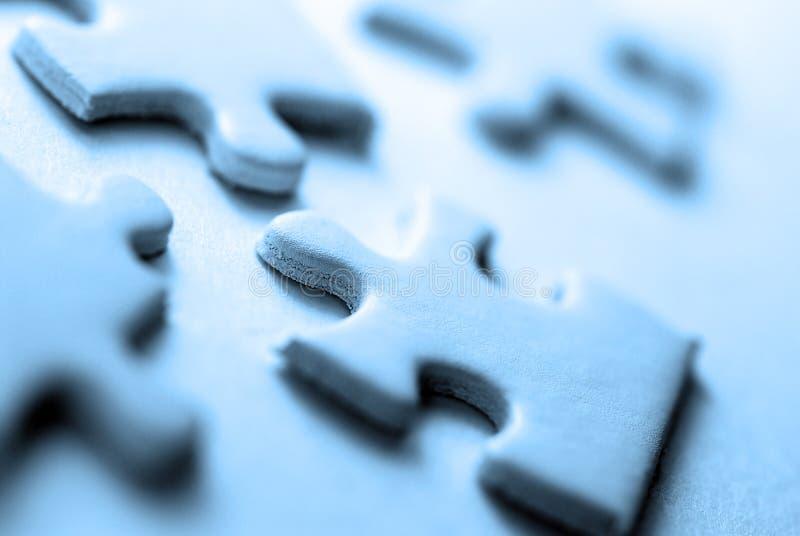 Weiße Puzzlespiel-Anschlüsse lizenzfreies stockfoto