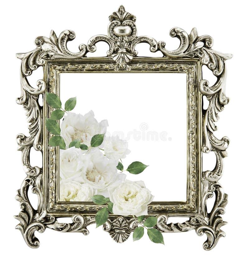 Weiße Rosen des antiken goldenen Rahmens herum lokalisiert auf weißem backgr lizenzfreies stockbild