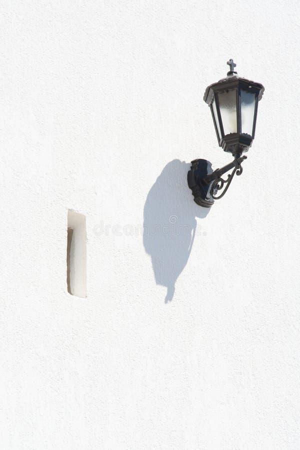 Weiße Wand-Lampe lizenzfreie stockfotos