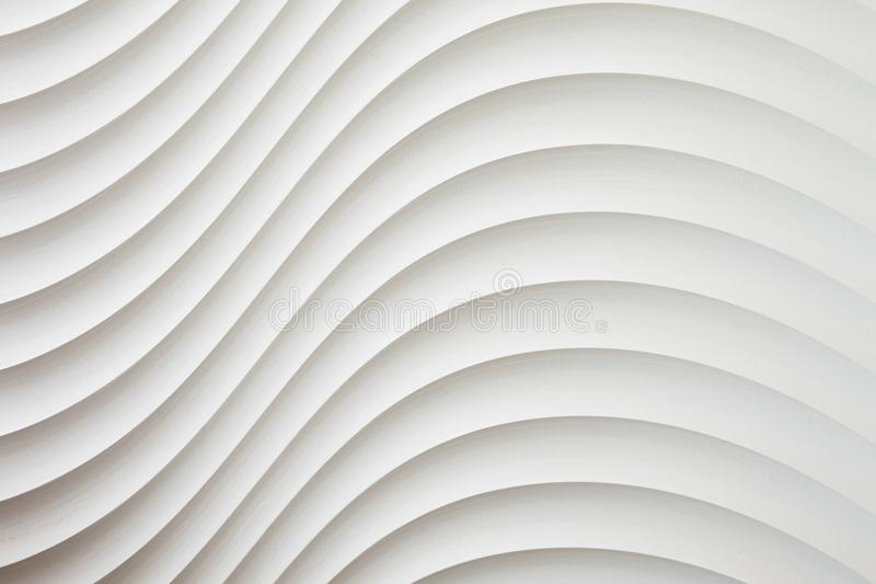 Weiße Wandbeschaffenheit, abstraktes Muster, bewegen gewellten modernen, geometrischen Deckungsschichthintergrund wellenartig stockbild