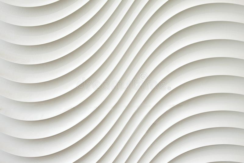 Weiße Wandbeschaffenheit, abstraktes Muster, bewegen gewellten modernen, geometrischen Deckungsschichthintergrund wellenartig lizenzfreie stockfotografie