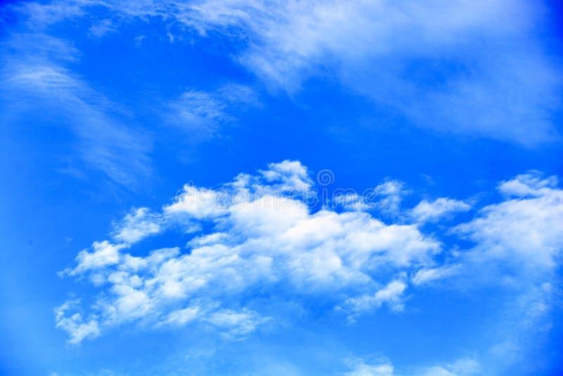 Weiße Wolke lizenzfreies stockbild