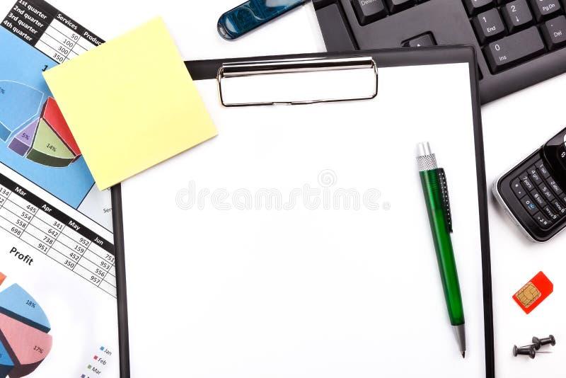 Weißer Büroschreibtisch stockfotografie