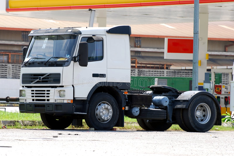 Weißer Lastwagen lizenzfreie stockfotos