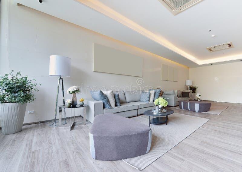 Weißer moderner lebender Luxusinnenraum und Dekoration, Innendes stockbilder