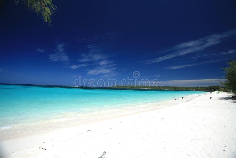 Weißer Sand-Strand lizenzfreies stockbild