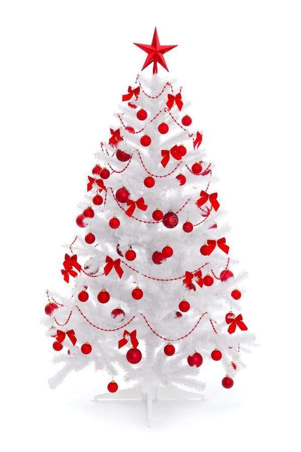 Weißer Weihnachtsbaum mit roter Dekoration lizenzfreie stockbilder