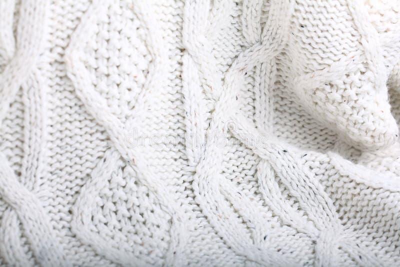 Weißer Wollstrickpulli stockbilder