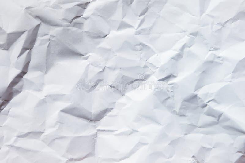 Weißer zerknitterter Papierhintergrund stockfoto