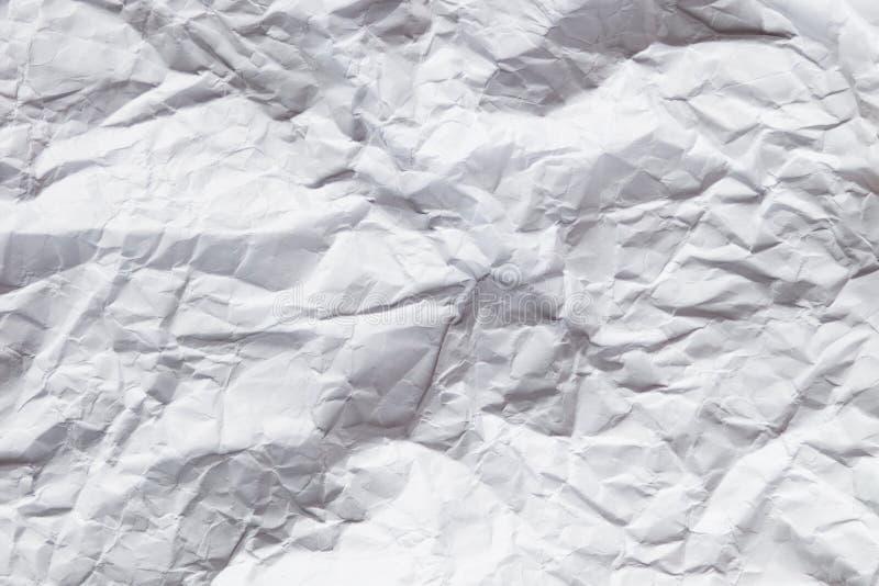 Weißer zerknitterter Papierhintergrund lizenzfreie stockfotos