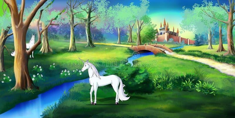 Weißes Einhorn in magischen Forest Near ein Märchen-Schloss stock abbildung