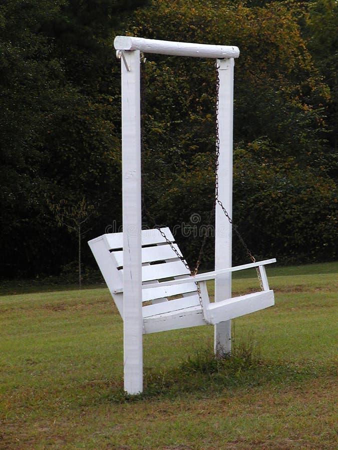 Download Weißes Schwingen stockbild. Bild von portrait, ketten, sommer - 31879