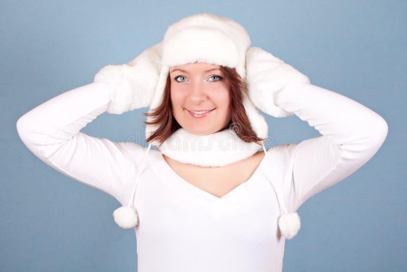 Download Weißes Weihnachtsmädchen stockbild. Bild von lachen, feder - 12202039