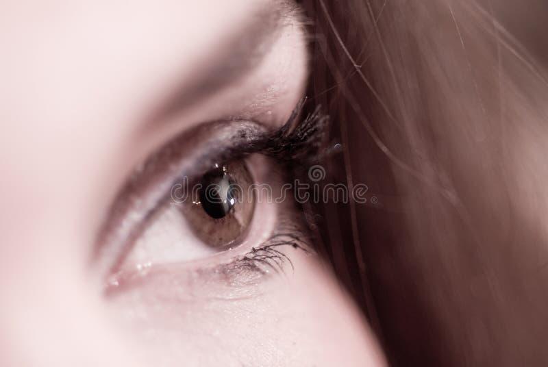 Weibliche Augennahaufnahme stockbild