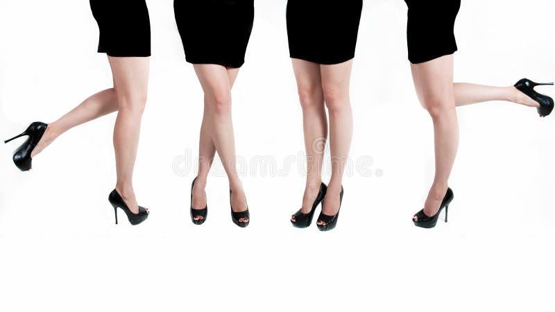 Weibliche Beine lizenzfreie stockbilder