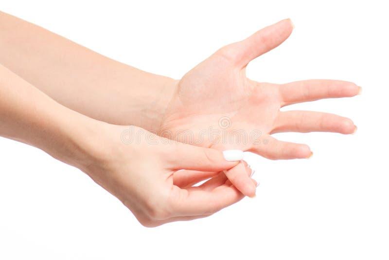 Weibliche Hand verletzt einen Fingerbruch lizenzfreie stockfotografie
