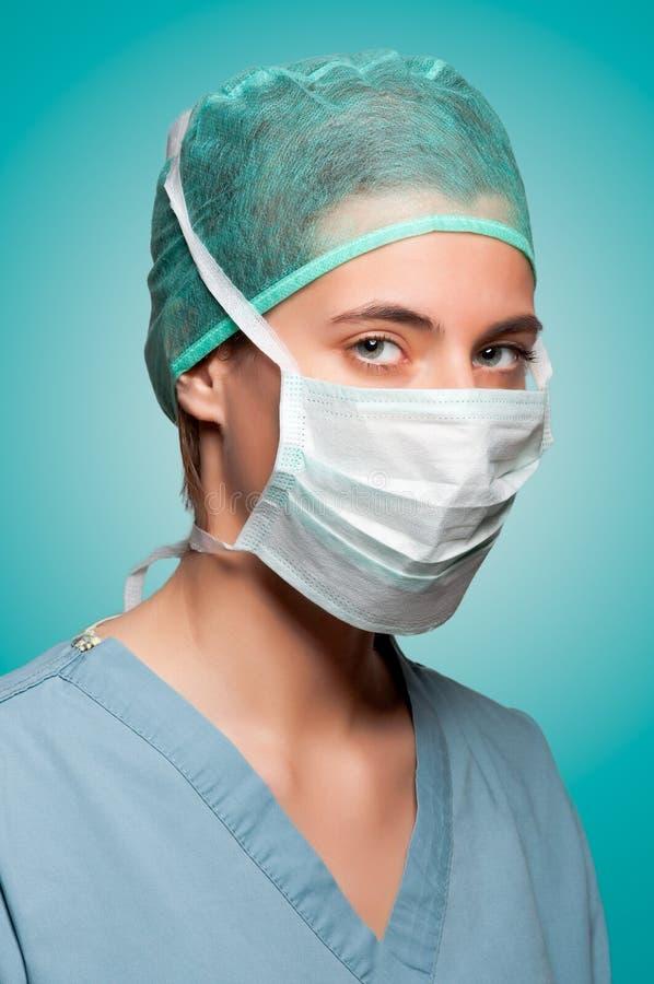 Weiblicher Chirurg Mit Gesichtsmaske Lizenzfreies Stockbild