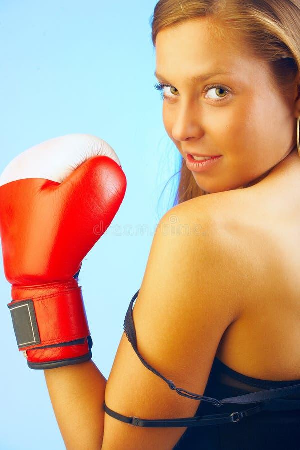 Weiblicher Kämpfer lizenzfreie stockfotos