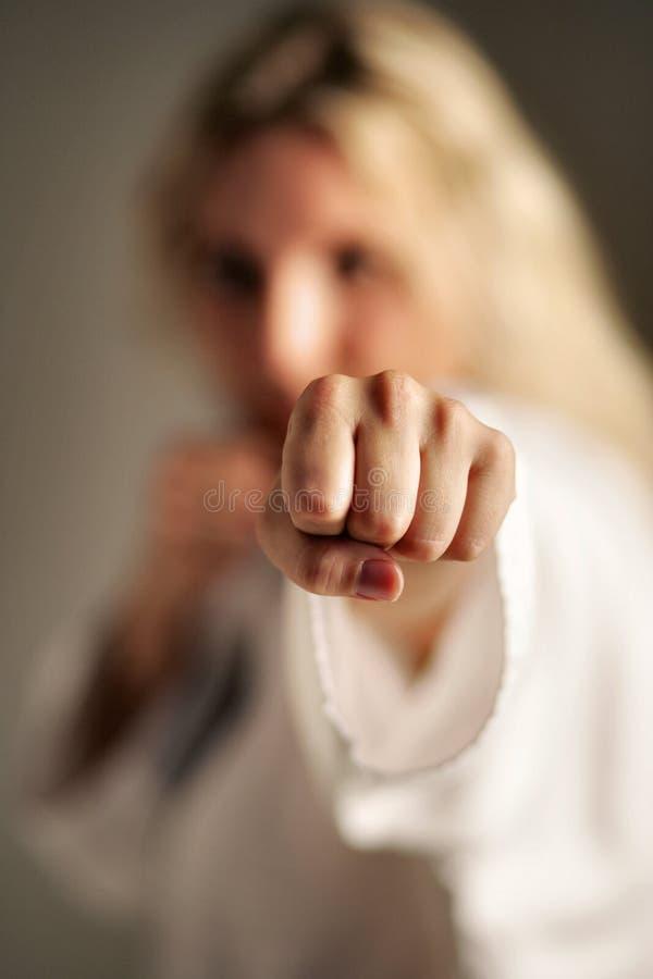 Weiblicher Kämpfer stockfotografie