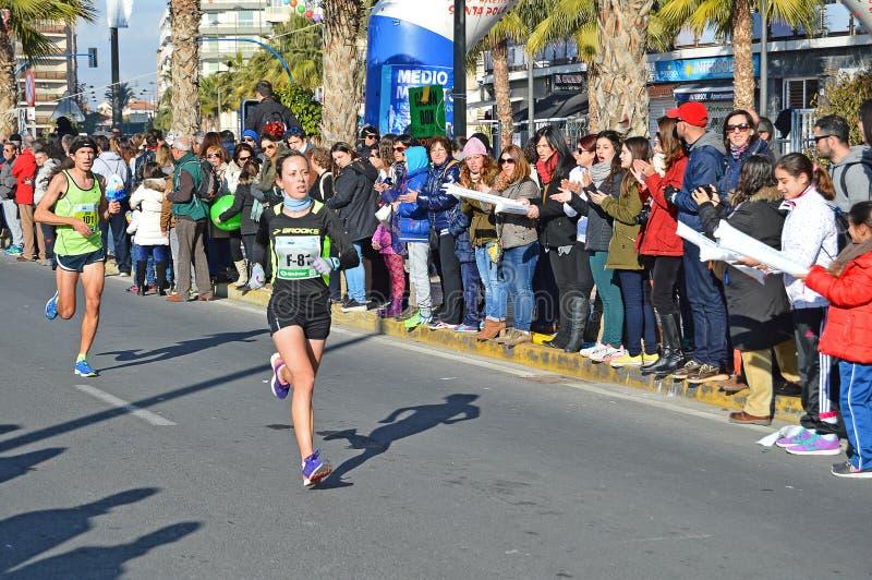 Weiblicher Marathonläufer stockfoto