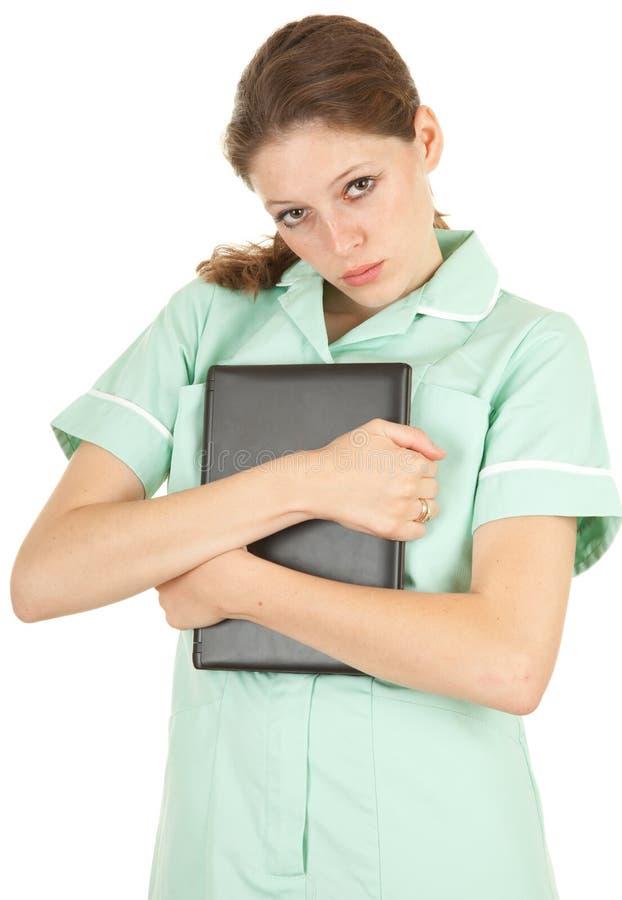 Weiblicher medizinischer Gesundheitspflegedoktor, der Laptop hält lizenzfreie stockfotografie