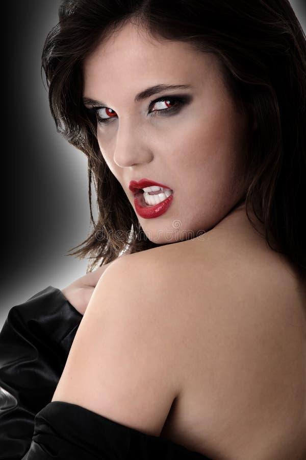 Weiblicher Vampir stockbild
