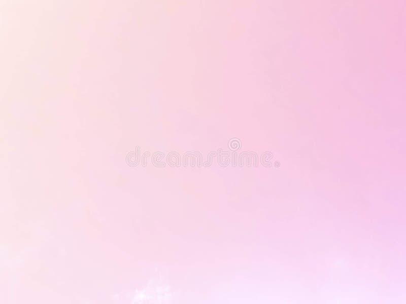 Weiche Wolken Im Himmel mit sanften Pastellgradienten lizenzfreies stockbild