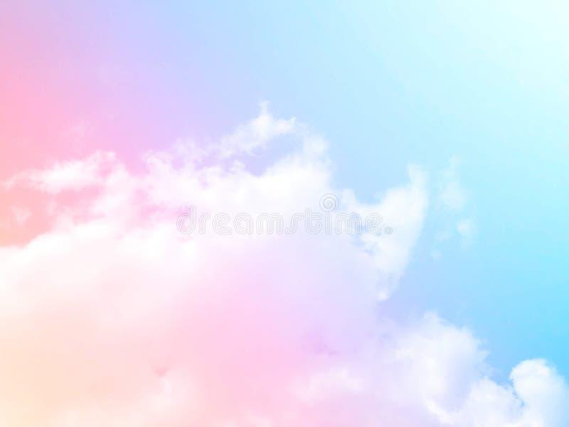 Weiche Wolken Im Himmel mit sanften Pastellgradienten lizenzfreie stockbilder