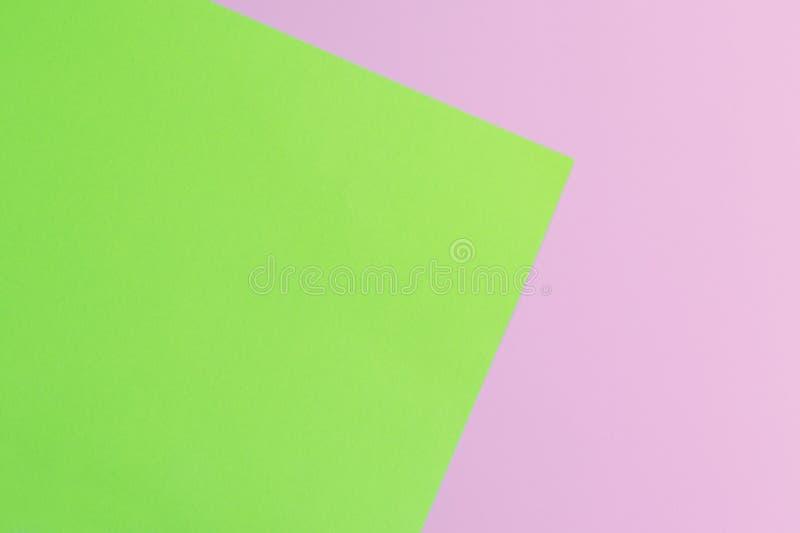 Weiches Rosa und Grünbuch als Beschaffenheitshintergrund Minimales Konzept Kreatives Konzept Pop-Art Helle süße Mode Art lizenzfreies stockfoto