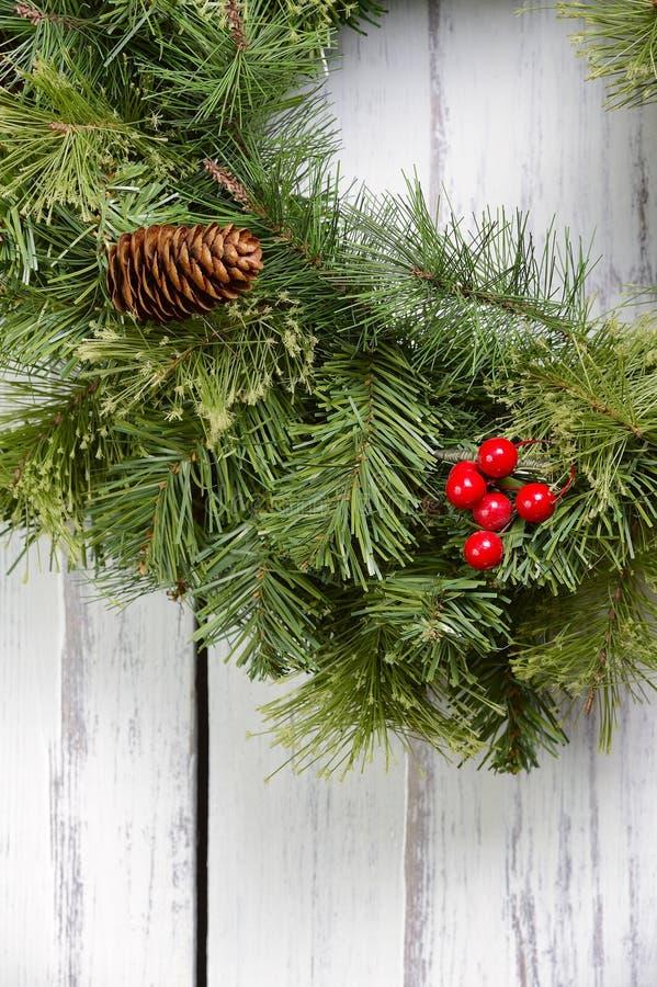Download Weihnachten stockfoto. Bild von zoll, wreath, tür, gruß - 27730546