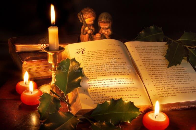 Weihnachten in der Bibel lizenzfreie stockfotografie