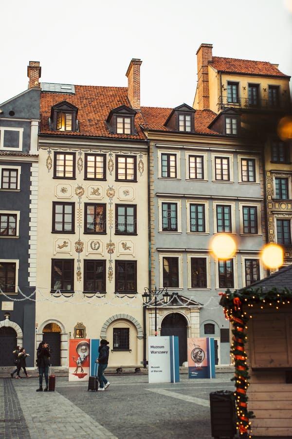 Weihnachten im alten Stadtmarktplatz Warschaus, Polen lizenzfreies stockfoto