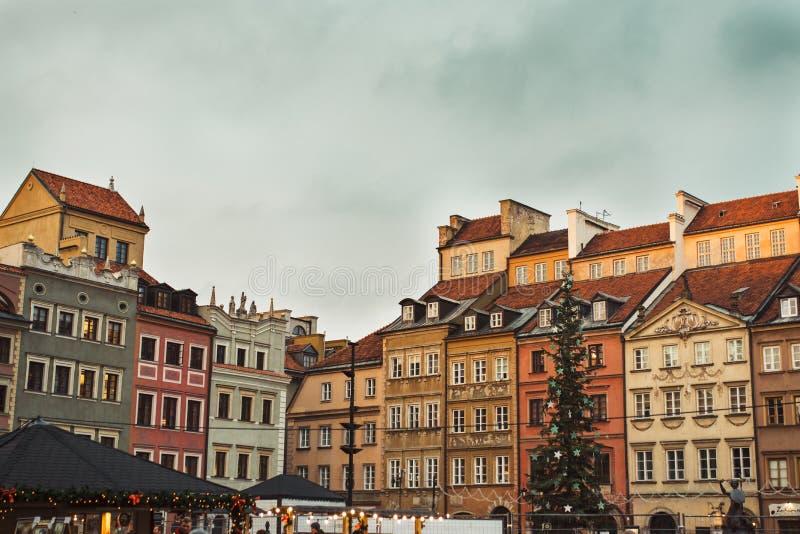 Weihnachten im alten Stadtmarktplatz Warschaus, Polen lizenzfreies stockbild