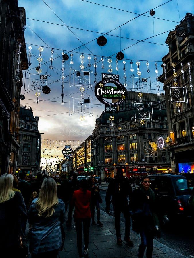 Weihnachten in Oxford-Straße, London stockbild