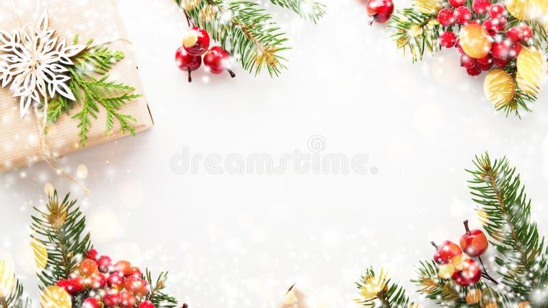 Weihnachts- und Neujahrsfeiertaghintergrund Ausführliche 3d übertragen Der Junge gelegt auf den Schnee stockbild