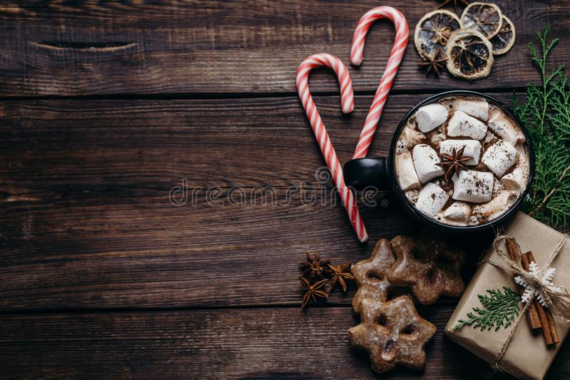 Weihnachts- und Neujahrsfeiertagzusammensetzung lizenzfreie stockfotografie