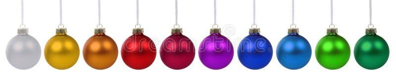 Weihnachtsball-Flitterbuntes in Folge lokalisiert auf Weiß stockbild