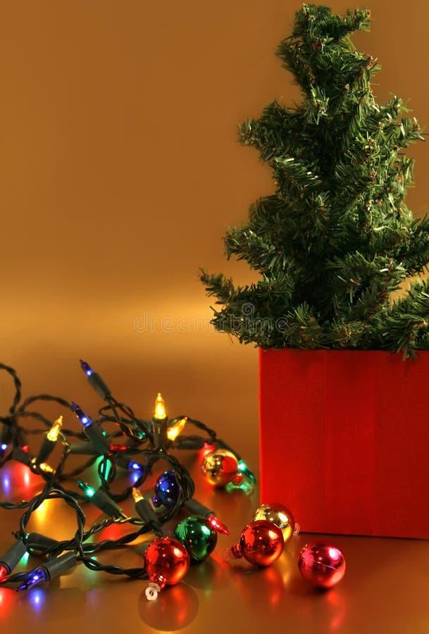 Weihnachtsbaum-Dekorationen stockfoto