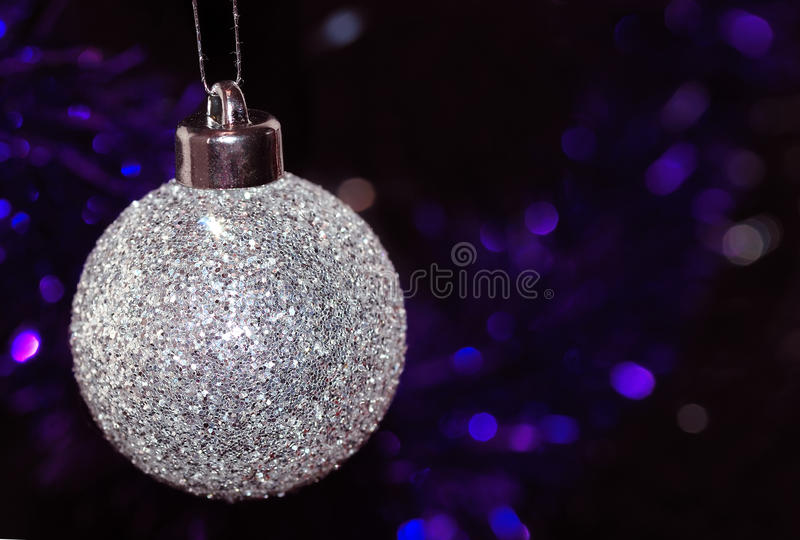 Weihnachtsbaum-Flitterverzierung lizenzfreie stockbilder