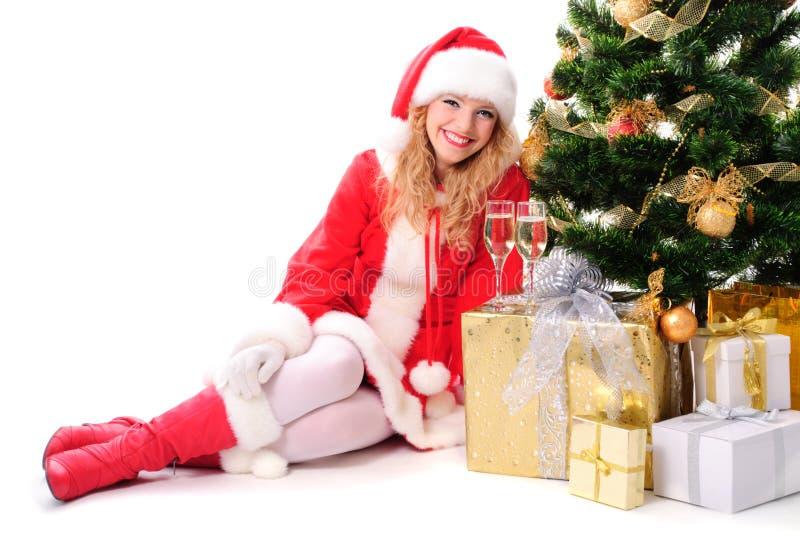 Weihnachtsbaum und Sankt-Mädchen stockfotos